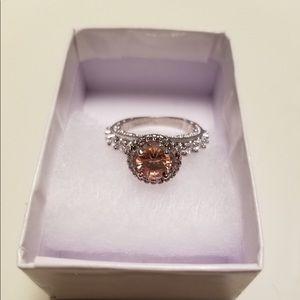 💕14k white gold plated ring, citrine center stone